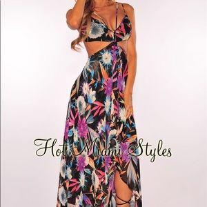 BNWT Hot Miami Styles cutout maxi dress Small